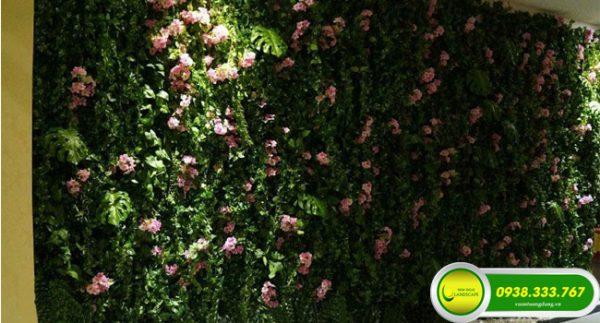 61921 Tường cây giả tại NIS Landscape được thiết kế riêng theo ý tưởng và nhu cầu của từng khách hàng